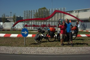 cicloturismo arese museo alfa romeo
