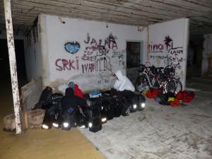 Durmiendo en una casa en ruinas