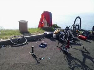 Problemas con la bici cerca de Dubrovnik